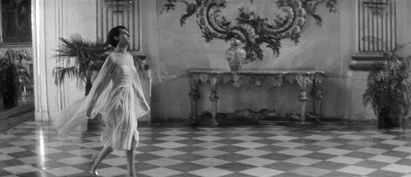 delphine seyrig's style-last year at marienbad (14)
