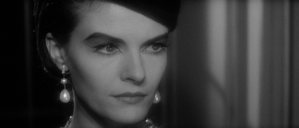 delphine seyrig's style-last year at marienbad (17)
