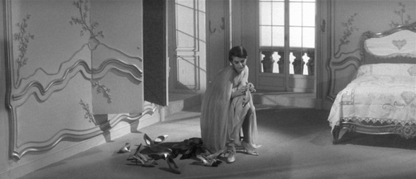 delphine seyrig's style-last year at marienbad (8)