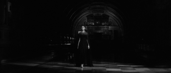 delphine seyrig's style-last year at marienbad