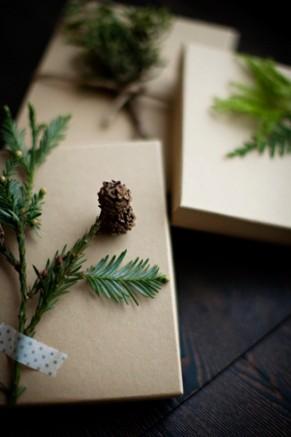 Gift wrapping photo karen mordechai 2 gift wrapping photo karen