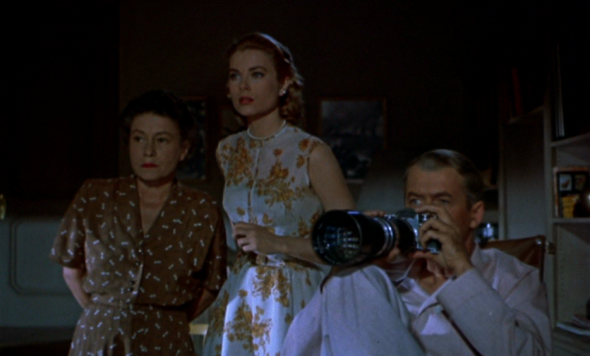 grace kelly's style-rear window (17)