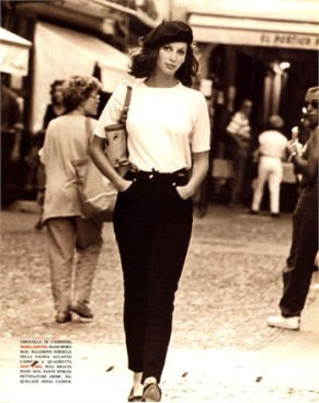 christy turlington by Arthur Elgort vogue italia december 1992-2