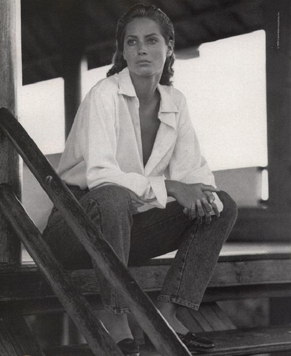 christy turlington in calvin klein jeans campaign 1989