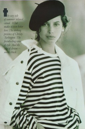 christy turlington by patrick demarchelier vogue april 1988