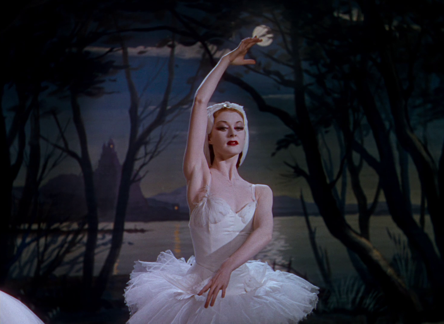 Part of what makes The Red Shoes so memorable is its aesthetic. The film uses colour like you've never seen before. The stunning ballet costumes and layers