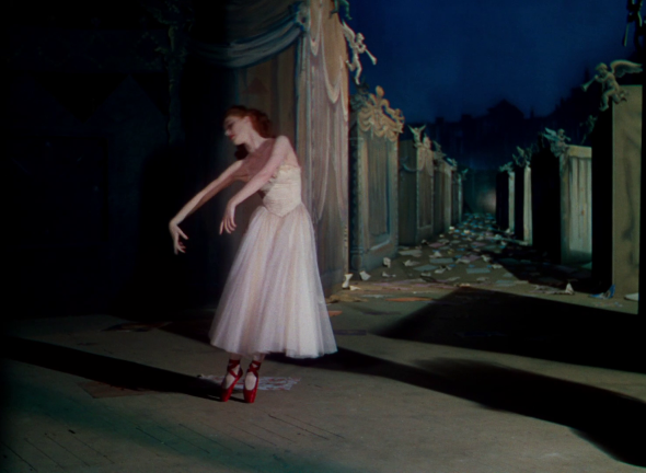 costumes-the red shoes