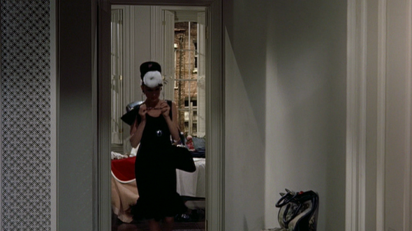 Audrey Hepburn's style in Breakfast at Tiffany's 15