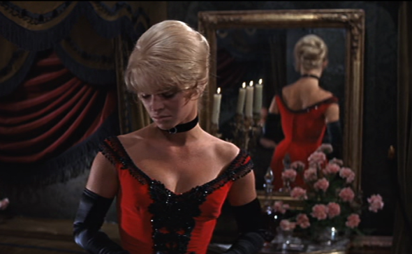 Julie Christie's costumes Dr Zhivago-4