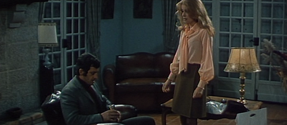 Catherine Deneuve's style in Mississippi Mermaid 12