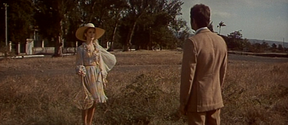 Catherine Deneuve's style in Mississippi Mermaid