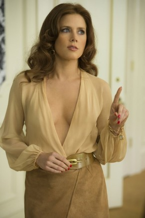 Amy Adams-American Hustle-1