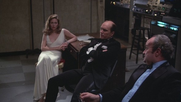Faye Dunaway's style in Network-8