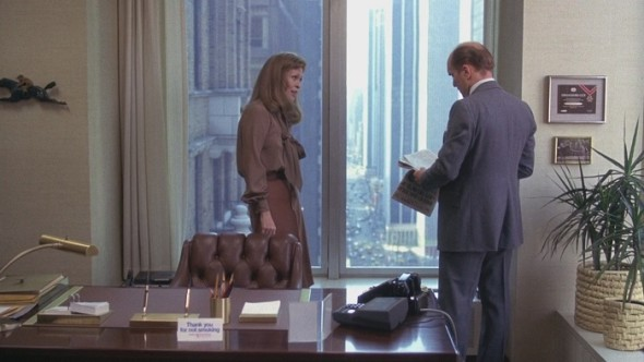 Faye Dunaway's style in Network