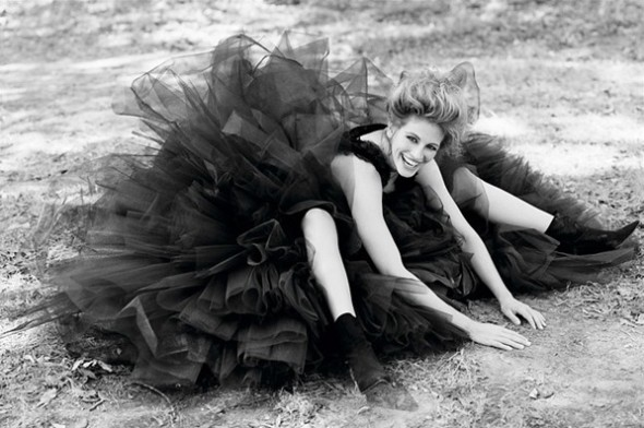 julia roberts vanity fair 1993 herb ritts
