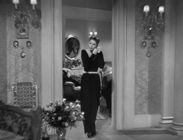 Ingrid Bergman's costumes Notorious