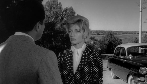 Style in film-Monica Vitti in L'Avventura-3