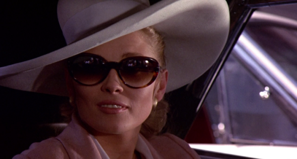 Style in film-Faye Dunaway in The Thomas Crown Affair