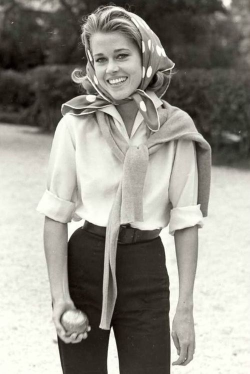 Style in film-Jane Fonda on the set Les Felins