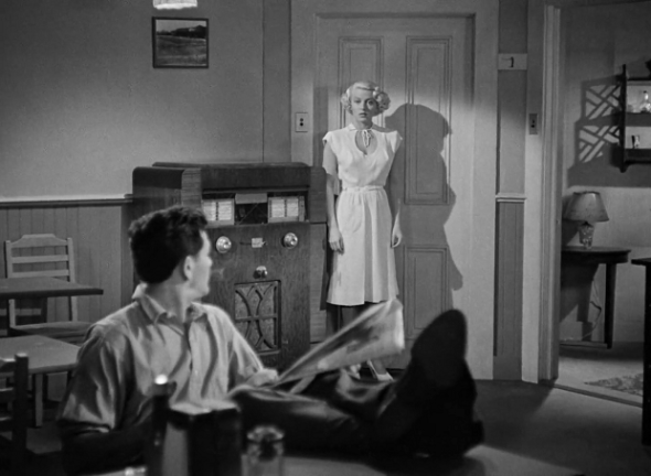 Style in film-Lana Turner in The Postman Always Rings Twice-1