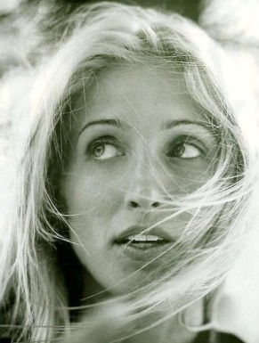 Classic American Style-Carolyn Bessette Kennedy-1
