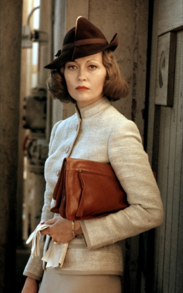 Faye Dunaway's costumes in Chinatown
