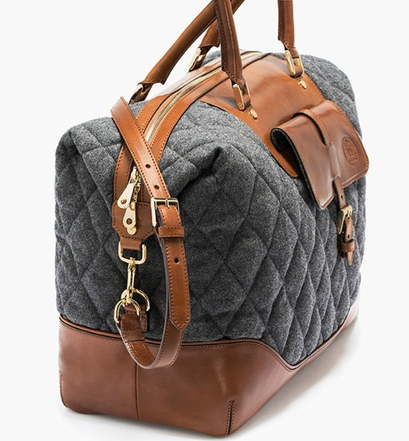 Massimo Dutti quilted traveller bag