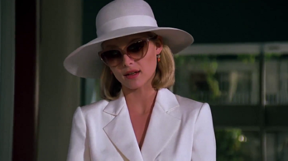 Style in film-Michelle Pfeiffer in Scarface-4