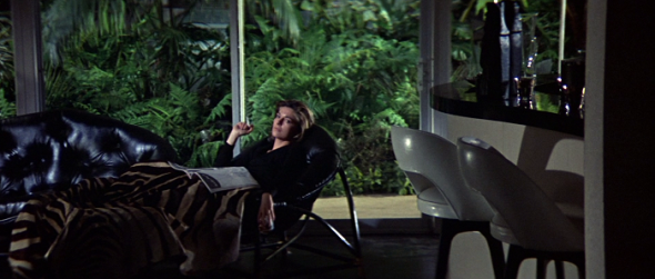 Anne Bancroft's style-The Graduate-3