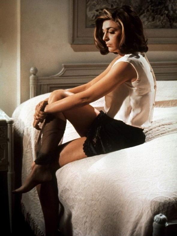Anne Bancroft's style-The Graduate