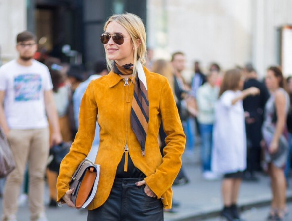 Spring 2015 trends zi can work-the knotted scarf