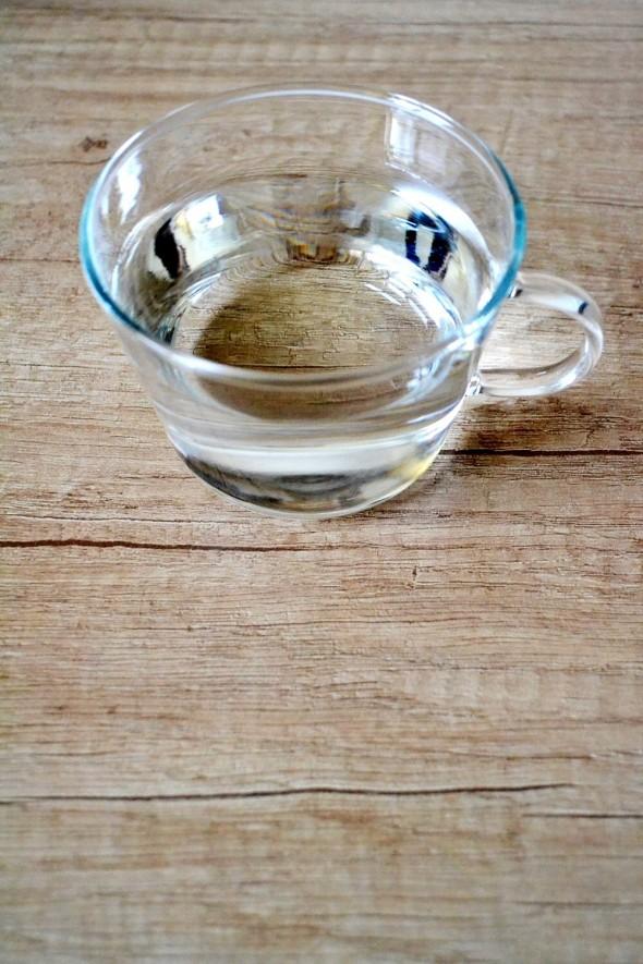 A simple beauty secret: drinking water