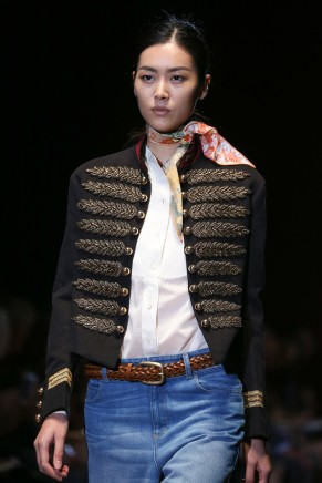 Spring 2015 trends-knotted scarf-Gucci