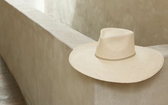 Cuyana summer hat