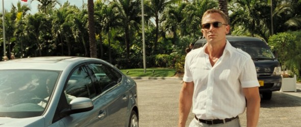 Daniel Craig Casino Royale style