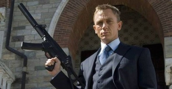 Daniel Craig grey suit Casino Royale