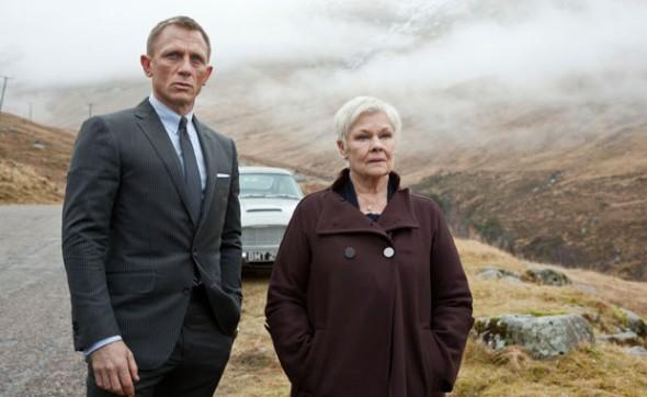 Daniel Craig grey suit Skyfall