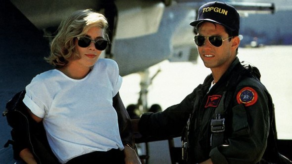 Sunglasses in film-Kelly McGillis Tom Cruise Top Gun