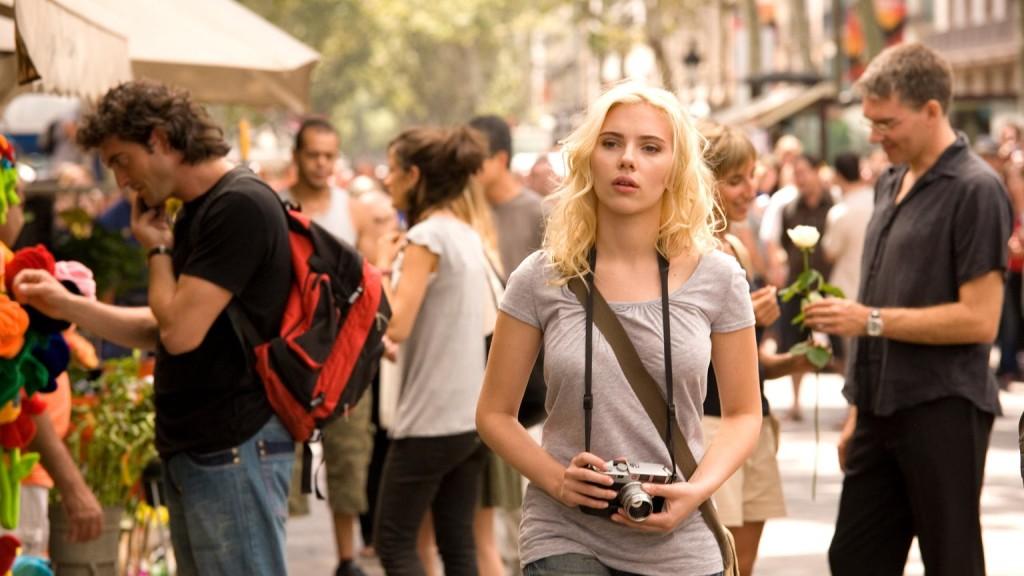 The Simplistic Ease Of Summer Dressing Scarlett Johansson In Vicky Cristina Barcelona