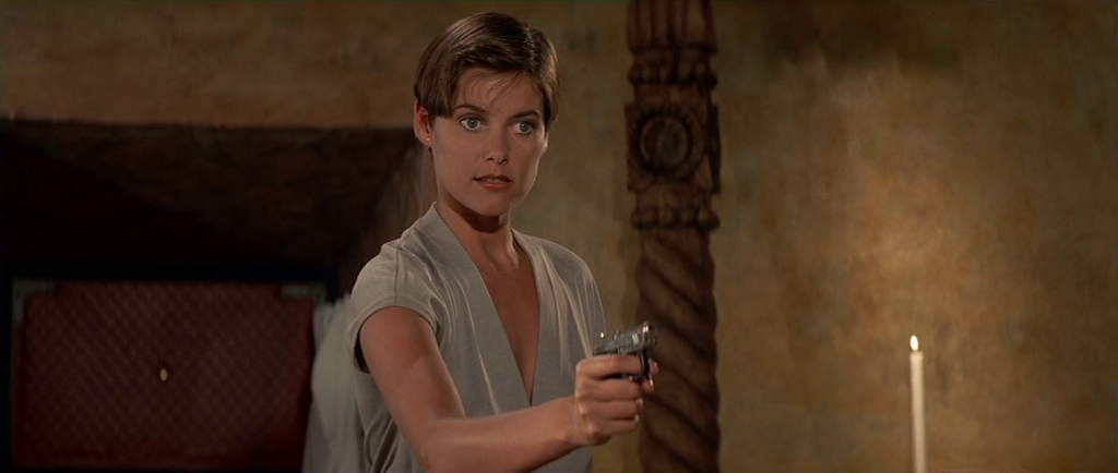 Bond Girl style - Carey Lowell in Licence To Kill