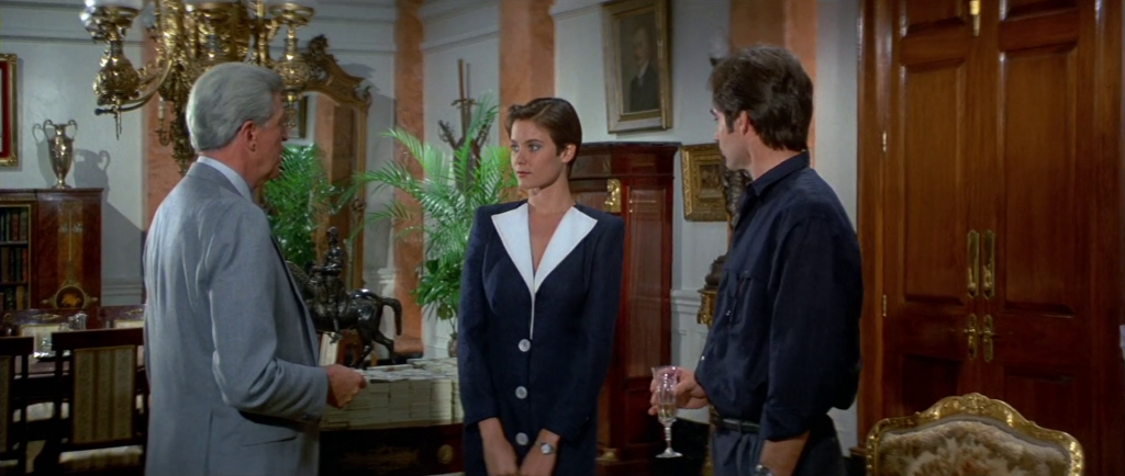 Bond girl style-Carey Lowell as Pam Bouvier in Licence to Kill